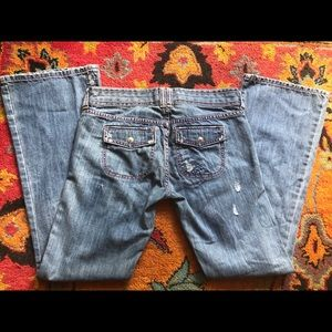 Abercrombie & Fitch Jeans - A&F Destroyed Bootleg Jeans, SZ 6